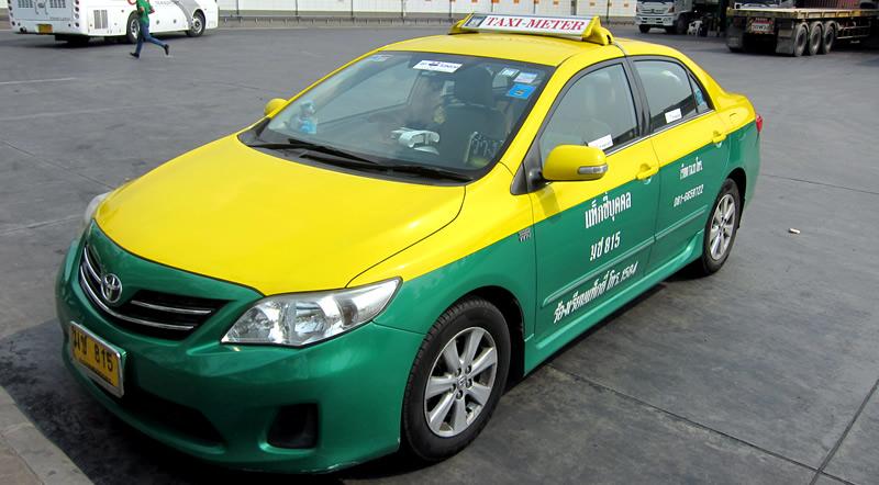 タクシーの乗り方