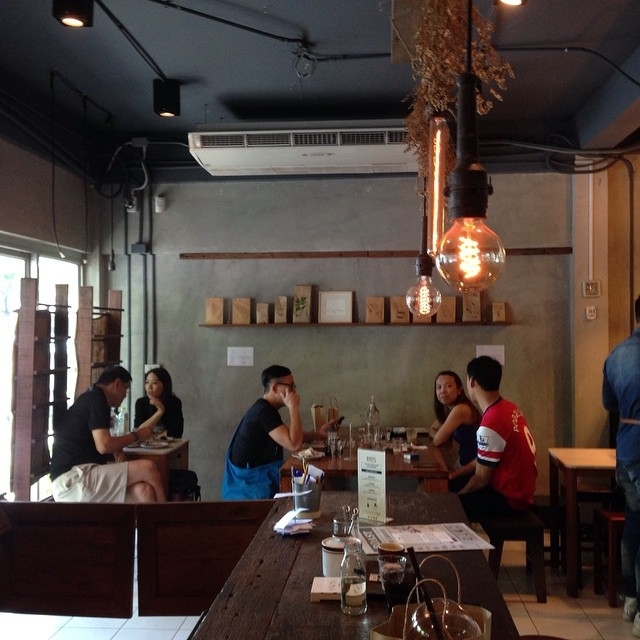 Roots Coffee1